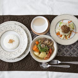 Hendri さんの 本格家庭料理ソプ・ブントゥット!