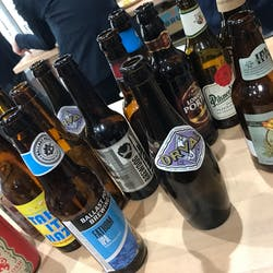 ちょい飲みスタンド- HOPPIN' GARAGE さんの 【大阪開催】お気に入りのクラフトビールを探そう!「ちょい飲みスタンド」@梅田 CRAFT BEER BASE BUD
