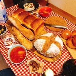 Chihiro さんの \焼きたてパンを食べよう🍞/&パンのお供は持ちよりの会🎉
