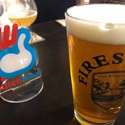 キッチハイク@クラフトビアベースバド(CRAFTBEERBASEBUD) さんの 【梅田】世界各国の厳選クラフトビール10TAPを樽替わりで提供!「ちょい飲みスタンド」@CRAFT BEER BASE BUD