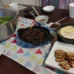 nanae さんの 😊日本酒5本出そろいました【魚沼産コシヒカリ】新米土鍋炊き&日本酒😊自家製焼豚も作ります😊ごはんのおとも1つご持参ください🙏@千駄木