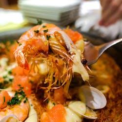 ビキニピカール さんの 【ワイン🍷】\30代限定!/スペイン料理界の第一人者、ジョセップ氏監修!スペインバル「ビキニ ピカール」で好きな料理を頼もう (¥3,000 ~ ¥3,999)