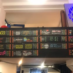 Titans Craft Beer Taproom(タイタンズ クラフトビアタップルーム) さんの \びあけん受検者限定!/ おつまみ持ち込みOK!「Titans Craft Beer Taproom」でクラフトビールと宇都宮餃子を楽しもう!(¥2,000~¥2,999)