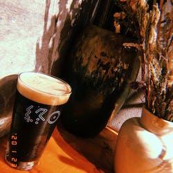 終日one(シュウジツワン) さんの 【代々木】花屋さんの奥にあるおしゃれなビアバー「ちょい飲みスタンド」@終日one