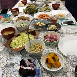 Rieko  さんの ゆったりヨガと野菜中心のごはん〈キャンドルヨガ〉